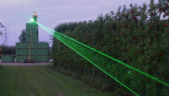 کھیتوں سے پرندے بھگانے کیلئے لیزر لائٹس کا کامیاب تجربہ