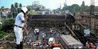 کولکتا: 50سال پرانا پل گرنے سے ایک شخص ہلاک