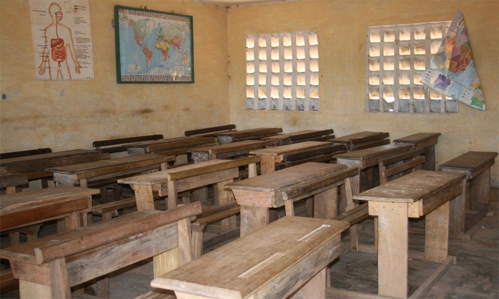 سندھ ایجوکیشن فاؤنڈیشن کے تحت چلنےوالے 52اسکول گھوسٹ نکلے