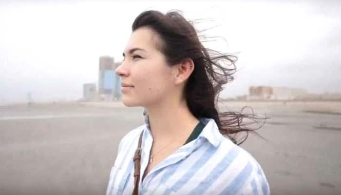 پالش نژاد برطانوی خاتون کراچی میں، ویڈیو وائرل
