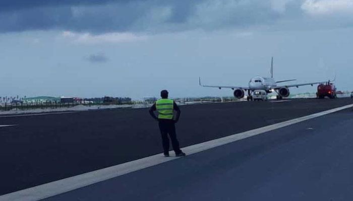 بھارتی پائلٹ نے مسافر طیارہ غلط رن وے پر اتاردیا