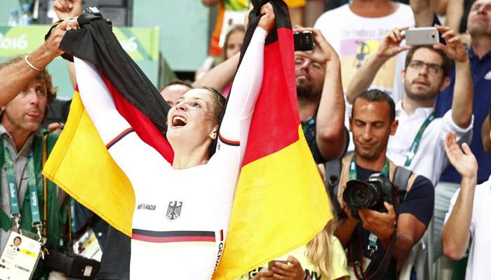 گولڈمیڈلز جیتنے والی جرمن سائیکلسٹ اپاہج ہوگئیں
