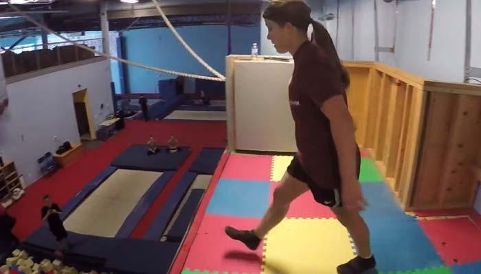 اچھلتے ہوئے توازن برقرار رکھنے کا منفرد مظاہرہ