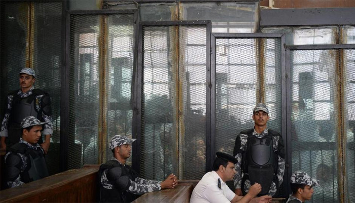 مصرکی عدالت نے 75 افراد کو سزائے موت سنادی