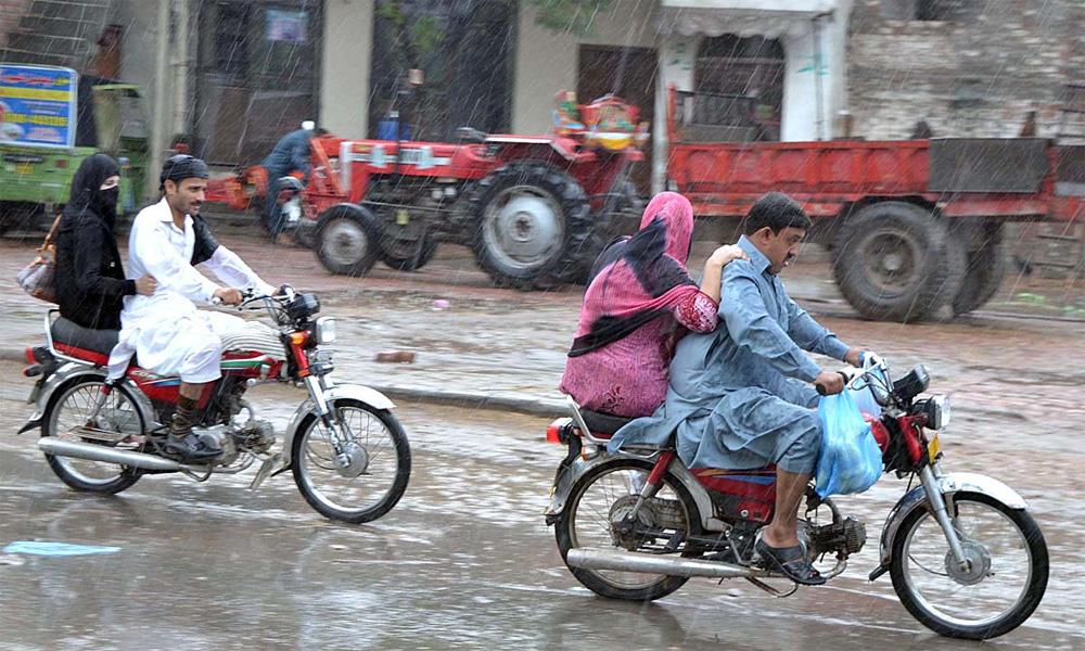 ملک بھر میں بارش میں 33فیصد، سندھ میں 88فیصد کمی