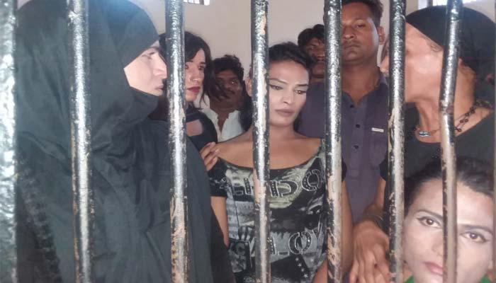 کراچی :غیر اخلاقی حرکات کا الزام، گرفتار15 افرادکے خلاف مقدمہ