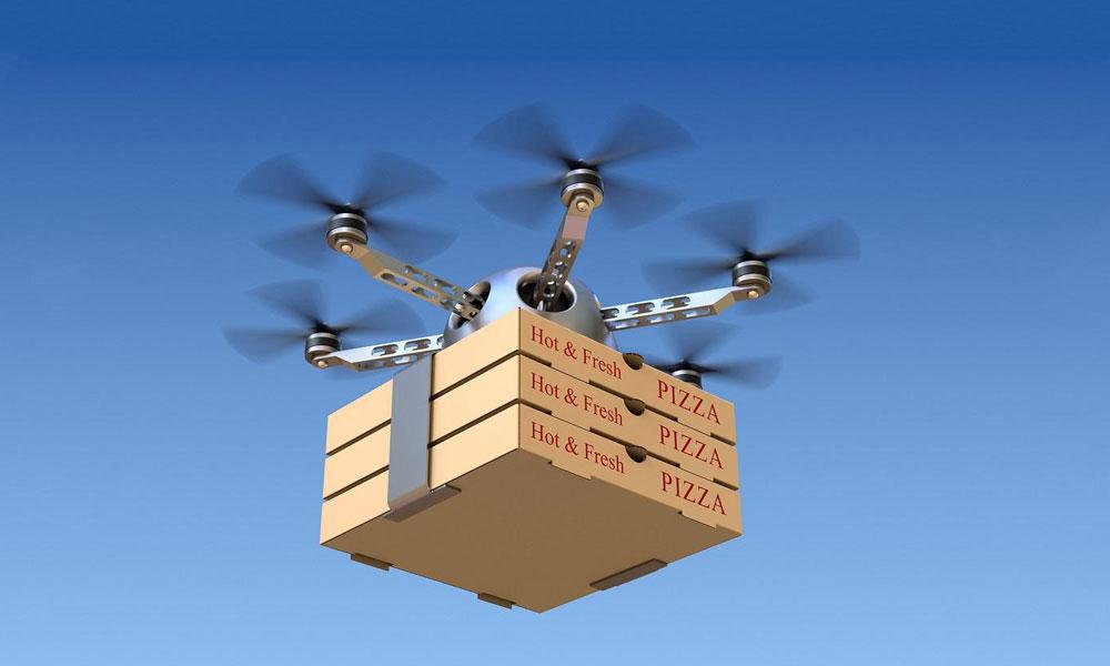 پاکستان میں بھی ڈرون کے ذریعے پیزا کی ڈیلیوری