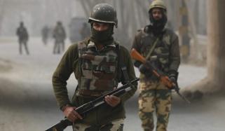 بھارتی فوجی نے 2ساتھی قتل کرکے خودکشی کرلی