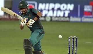 پاکستان نے 4 وکٹوں پر 199 رنز بنالئے