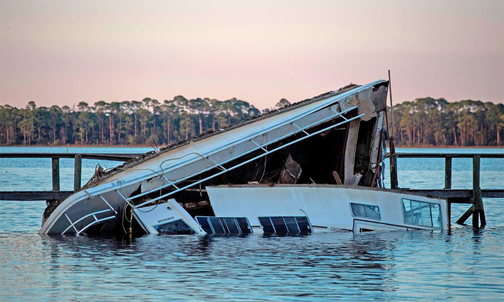 امریکا میں سمندری طوفان مائیکل نے 7افراد کی جان لے لی