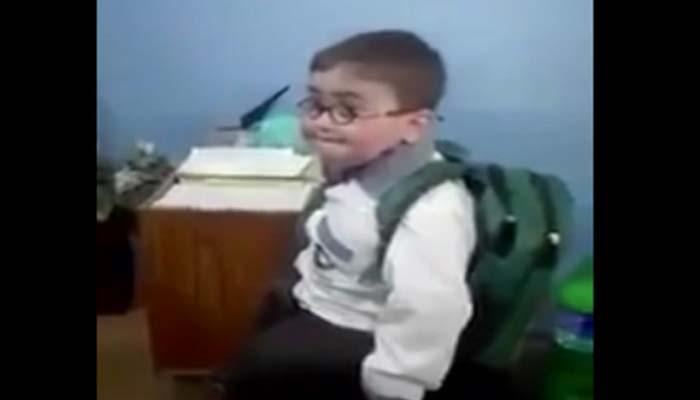 ننھے بچے کی ٹیچر سے چابی پر دلچسپ بحث