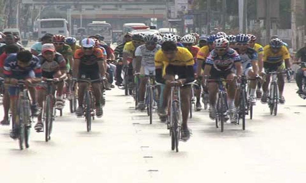 گورنر سندھ کی کلین اینڈ گرین پاکستان سائیکل ریلی میں شرکت