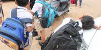 'بھاری بستوں کی وجہ سے بچوں کی صحت خراب ہو رہی ہے'