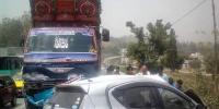 مانسہرہ: ڈمپر اور کار میں تصادم، 4 افراد جاں بحق