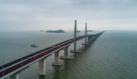 China Building The Worlds Longest Sea Bridge Open Next Week