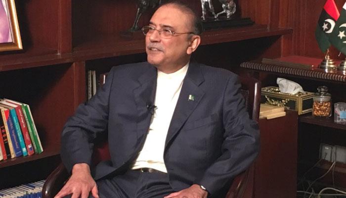 'عمران خان کی حکومت چل سکتی ہے نہ ملک چلاسکتی ہے'