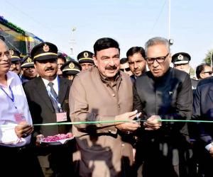 کراچی میں لوکل ٹرین کا افتتاح