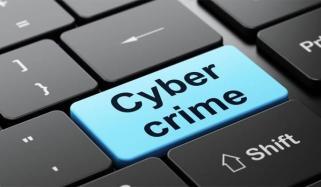 Kp 220 Peoples Face Online Fraud