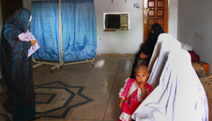 خیبر پختونخوا میں خواتین و بچوں کی اموات تھر سے زیادہ
