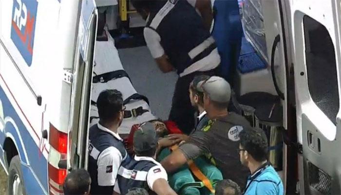 امام الحق سر پر گیند لگنے سے زخمی