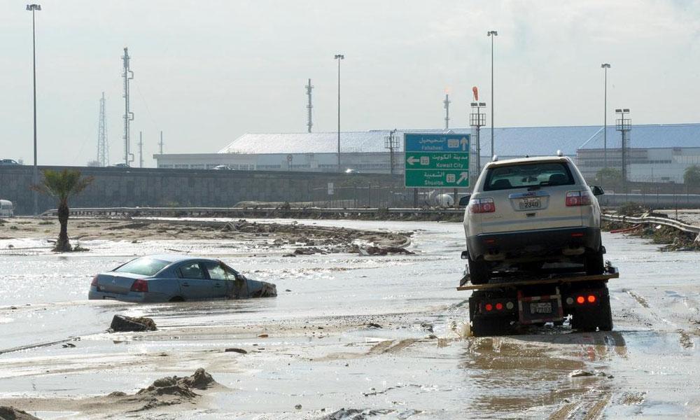 بارشوں سےسعودی عرب، کویت میں نظام زندگی مفلوج، اردن میں 12 ہلاک