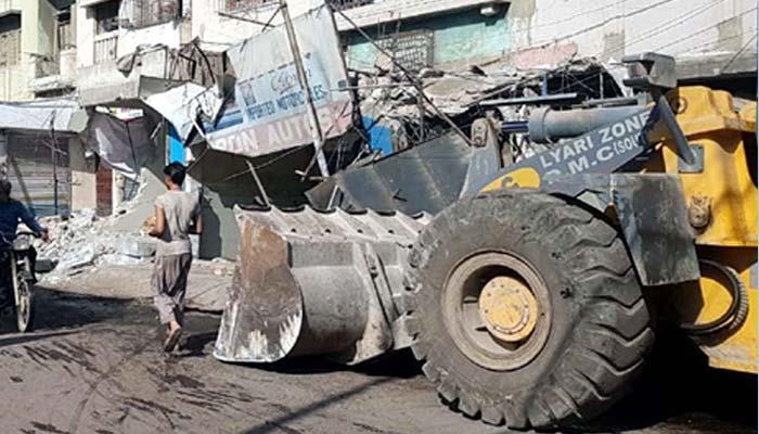 کراچی ایمپریس مارکیٹ کے اطراف آپریشن شروع