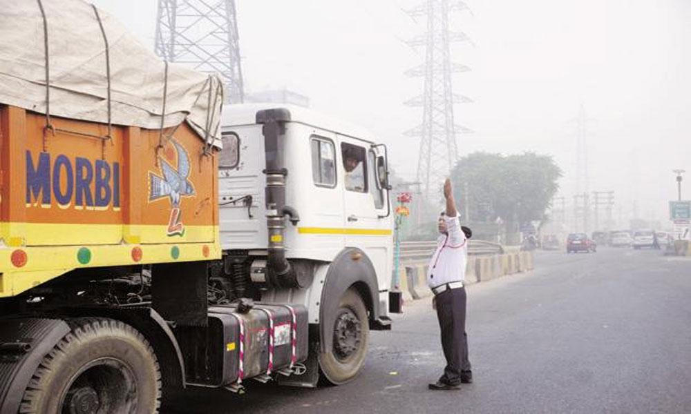 نئی دلی فضائی آلودگی، تعمیراتی کام، ٹرکوں پر پابندی میں توسیع