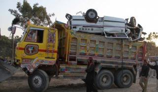 Dangerous Accident On Super Highway Karachi