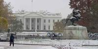 Snow Falls In Washington Dc And Blankets The White House
