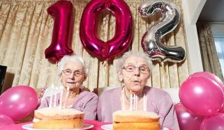 Oldest Twin Sisters Of Uk Celebrate 102nd Birthday