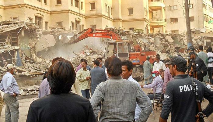 تجاوزات کا خاتمہ، کراچی میں صحت کا نیا مسئلہ