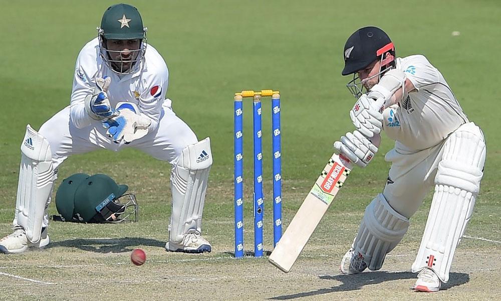 نیوزی لینڈ کا پاکستان کو جیت کیلئے 280 رنز کا ہدف