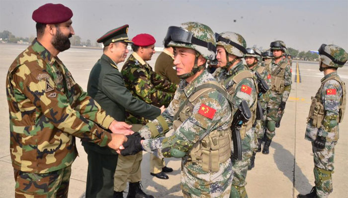 پاک چین وارئیر 6 مشقیں، چینی دستہ پاکستان پہنچ گیا