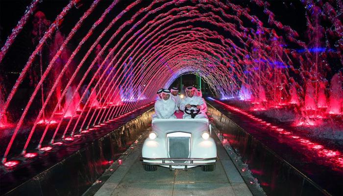قطر میں سجا روشنیوں کا رنگا رنگ میلہ