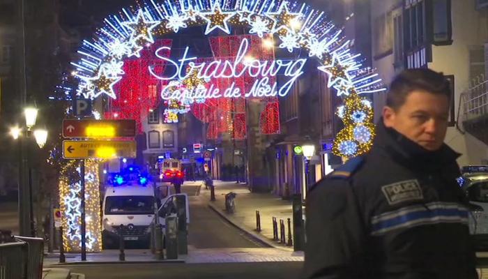 فرانس:کرسمس بازار میں تین افراد کا قتل ،حملہ آورگرفتار نہیں ہوسکا