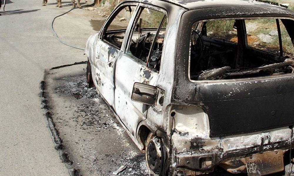 کراچی: صدر میں کار جل گئی