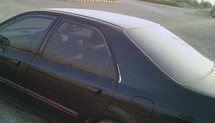 پشاور، گاڑیوں میں کالے شیشوں اور ہوائی فائرنگ پر پاپندی
