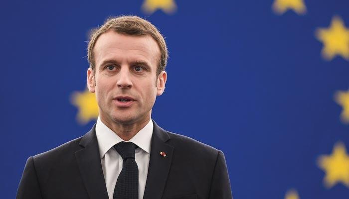 ایمانوئیل میکرون نے زرد جیکٹوں والوں کو پرامن کرنے کیلئے فرانسیسی کاروباری اداروں کو بھی شامل کرلیا