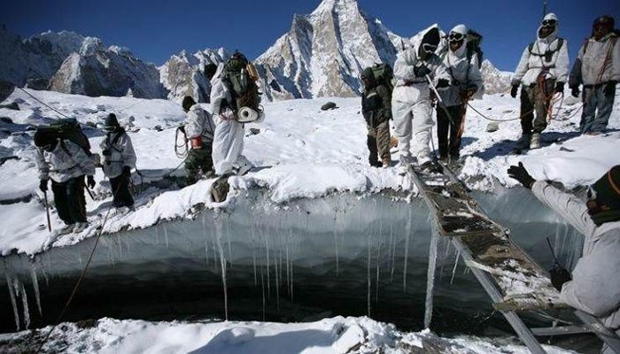 سیاچن، بھارتی فوجیوں کو نہانے کے لئے متبادل غسل کی مصنوعات ملیں گی
