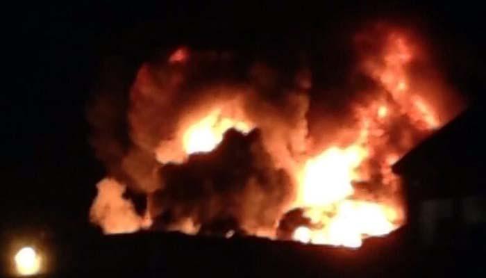 نیو کراچی : لکڑی کے گودام میں آتشزدگی