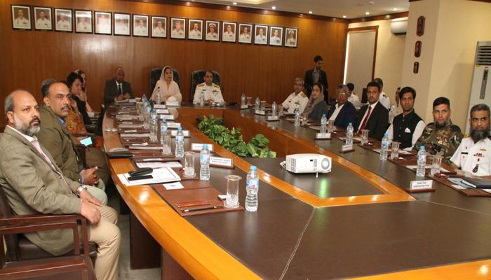سینیٹ کمیٹی کانیول ڈاکیارڈ اور ہیڈکوارٹر ایم ایس اے کا دورہ