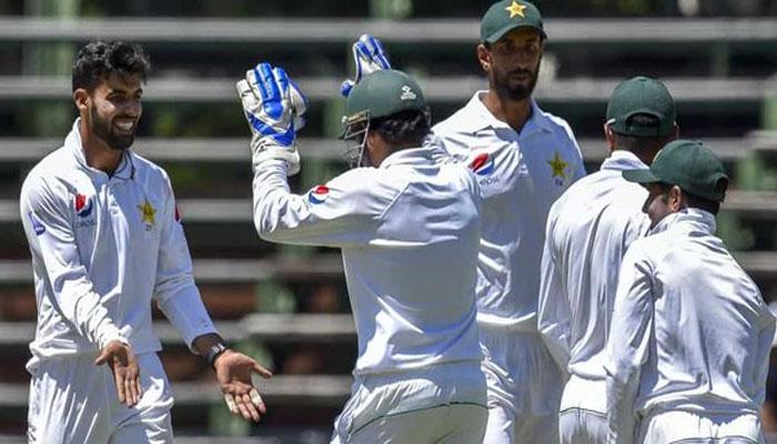 جنوبی افریقا 262 پر ڈھیر،پاکستان کے 2 کھلاڑی آوٹ