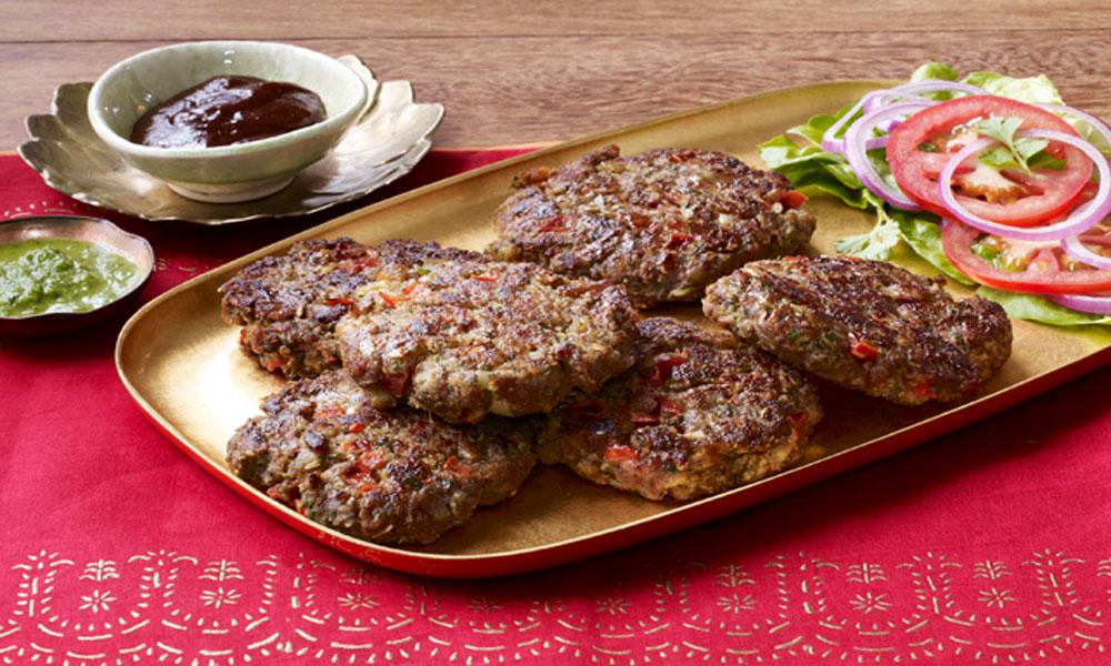 چپلی کباب ... موسم سرما کی خاص سوغات