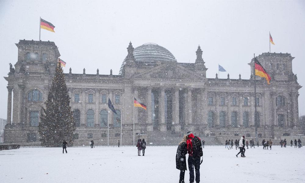 برف باری سے جرمنی میں ایمرجنسی، آسٹریا میں الرٹ