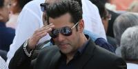 Salman Khan Spotted In Karachi Video Goes Viral