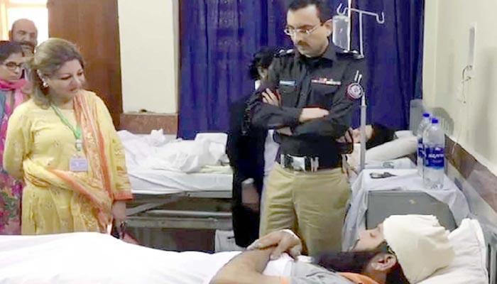 کورنگی میں میاں بیوی کو گولیاں لگنے کا معاملہ،دو پولیس اہلکار گرفتار
