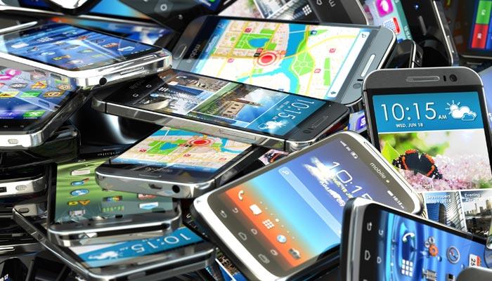درآمدی موبائل فونزپرکمبائن ٹیکس لاگو ہو، ایف بی آر