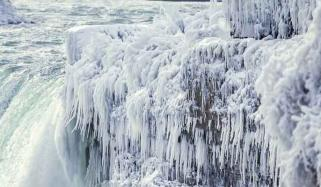 Freezing Temperatures Turn Niagara Falls Into Icy Wonderland