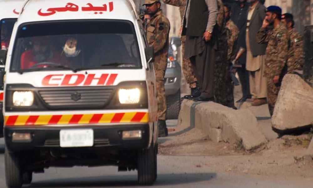 سیہون شریف:ٹرک اور وین میں تصادم، 4 افراد جاں بحق