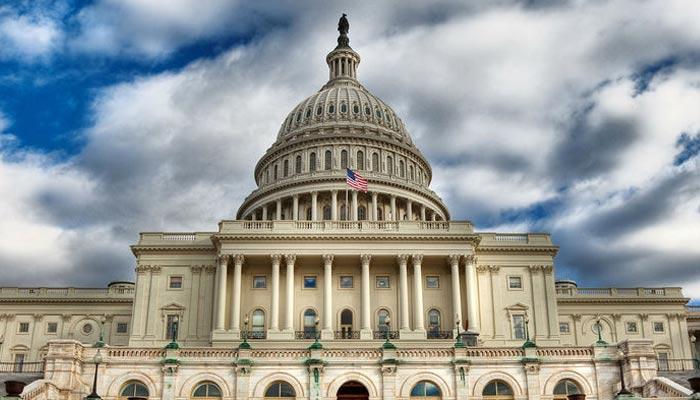 امریکی سینیٹ شٹ ڈاؤن کے خاتمے کیلئے مسابقتی منصوبوں پر ووٹ دے گی